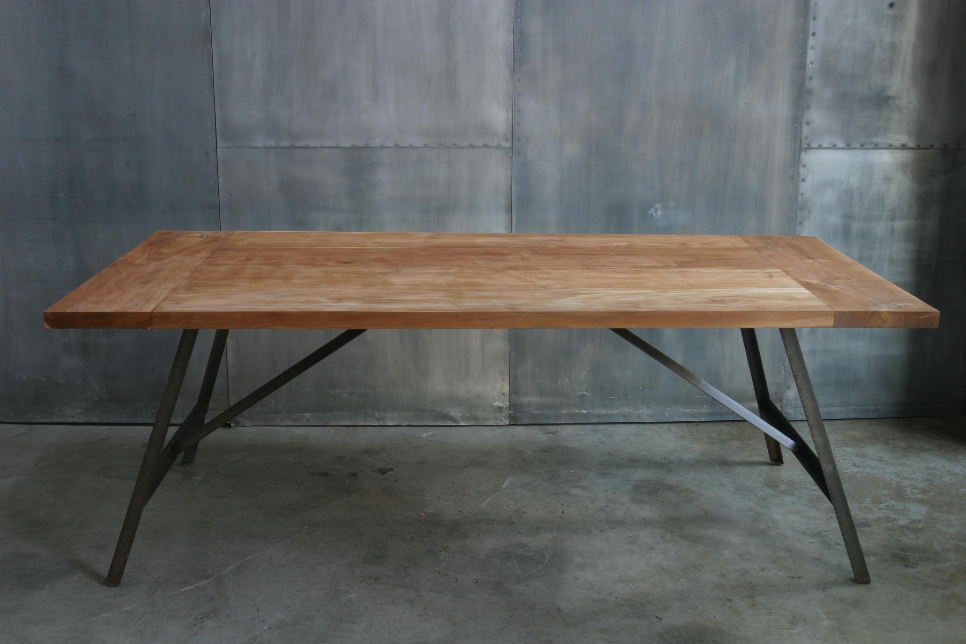 Ag48 mesa comedor madera hierro cat logo concha bay for Mesa hierro y madera