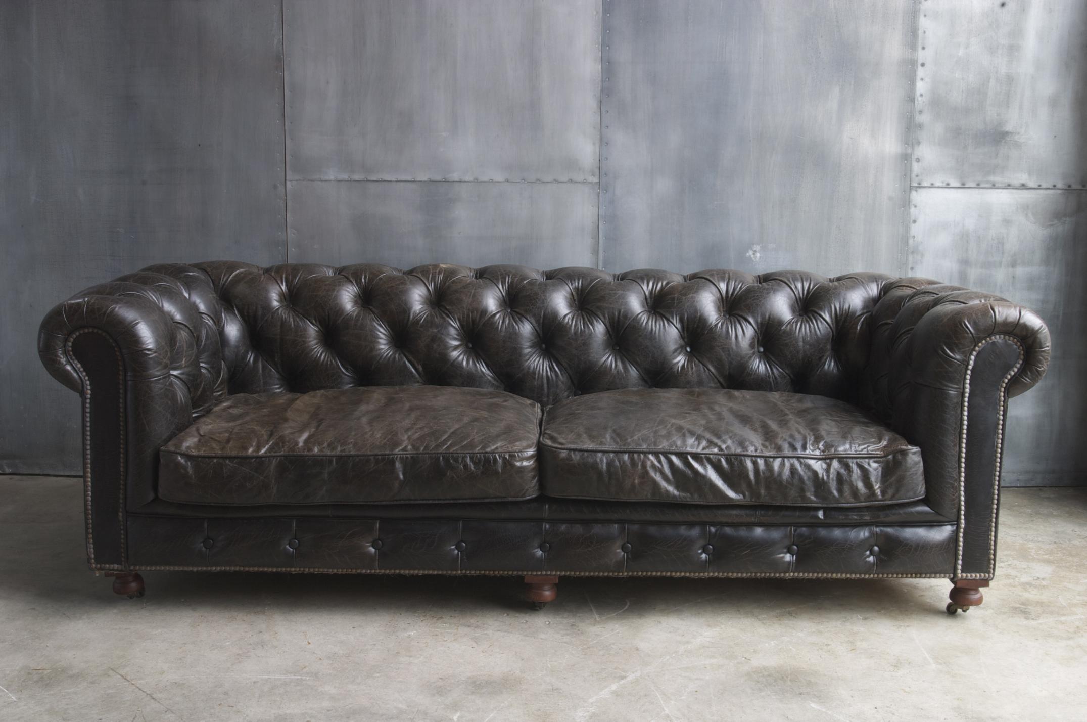 Hl8 sofa chester negro sofas sillas butacas for Catalogo de sofas de piel